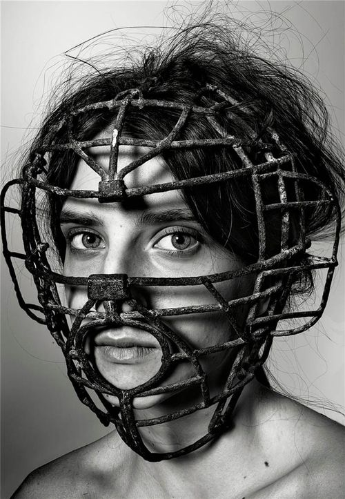 Richard-burbridge-mask-photography-for-livraison-magazine3